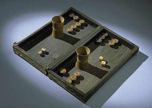 jocul de table invetator